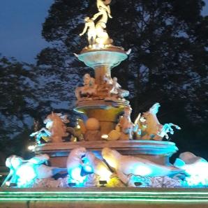 Trang at night :)